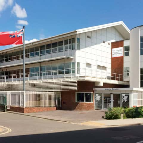 nautical-college-warsash